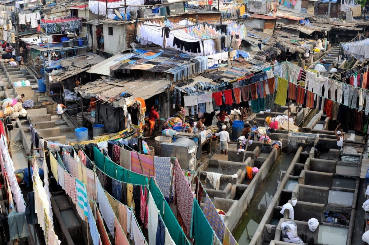 Dhobi Ghat (2010) featured
